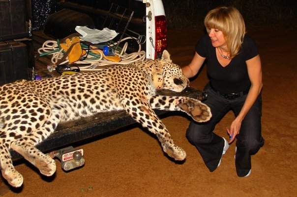 Bronwyn Stolp and leopard